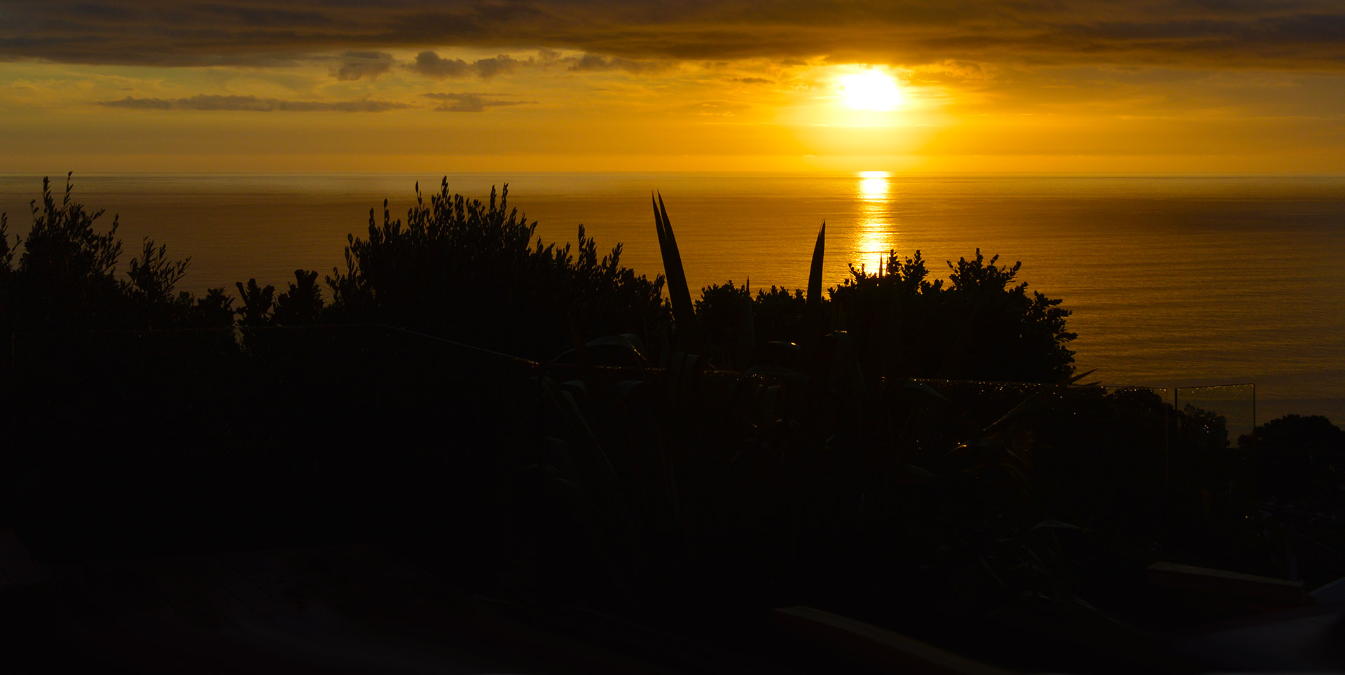 Auckland Beaches Sunset Muriwai Beach