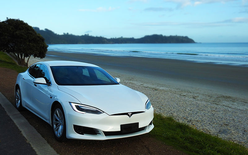 Eco Travels - Your luxury Tesla electric car