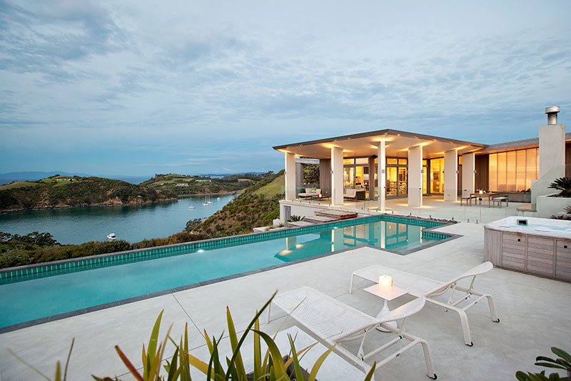 Waiheke Island Tours - Luxury Overnight Stay
